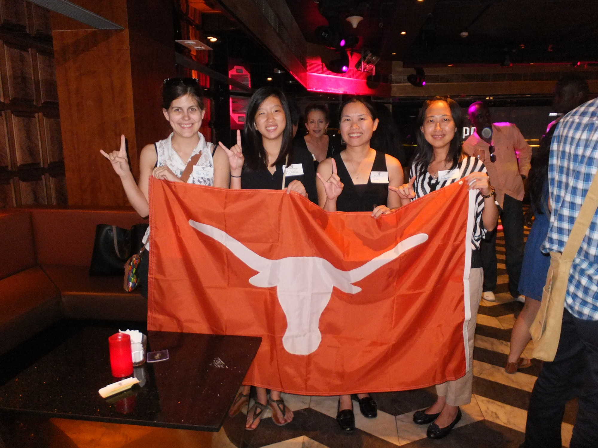 Happy Hour Gathering with UT Business Students of McCombs BBA Short-Term International Programs